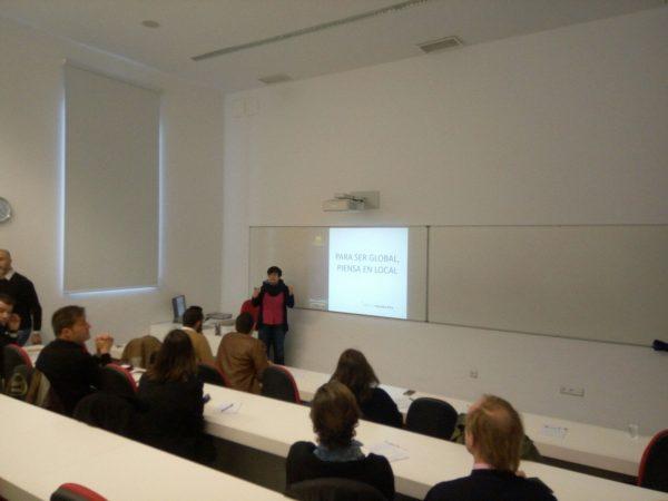charla sobre traducción y comercio exterior